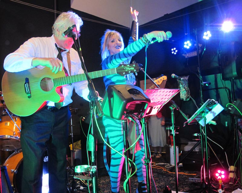 Live music at Dumbleton Village Hall